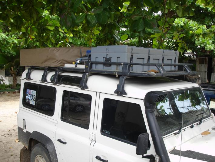 & ARB Roof Rack or Front Runner 3/4 rack - Defender Source